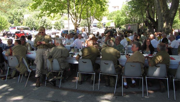 Lilith's Pipers, groupe de musique celtique et  cornemuse Toulon à Flassans le 17 août 2014 - 70ème anniversaire de la libération du village - les GI