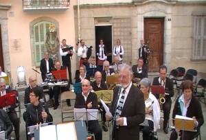 La Lyre Vigneronne de La Cadière d'Azur et son chef d'orchestre Jean-Paul